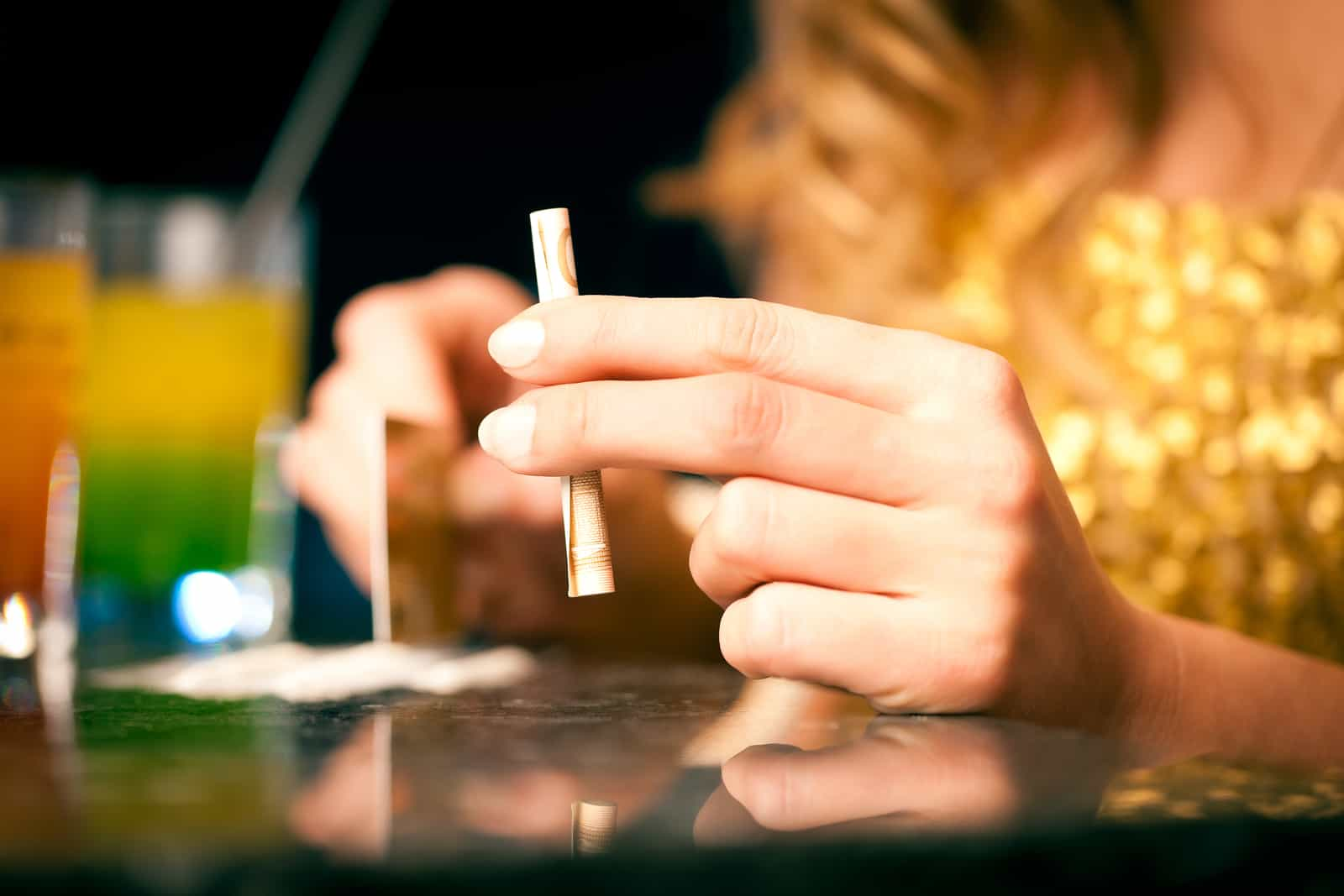 Signs Your Loved One is Abusing Cocaine - Desert Hope